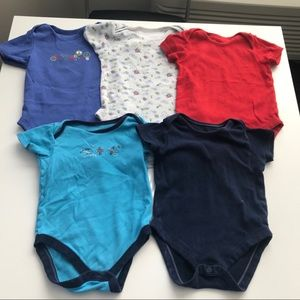 Baby boys onesies bundle of 5 age 18-24m